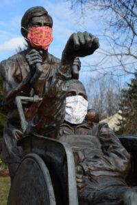Team Hoyt statue with masks