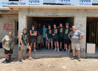 Barris Habitat for Humanity group