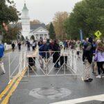 Marathon start-entrance